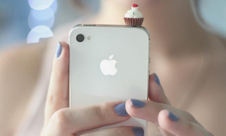 iPhone 4 — важнейший гаджет десятилетия. Так считают в The Verge