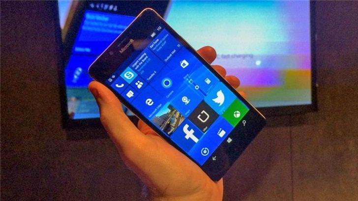 Microsoft выпустила прощальное обновление Windows 10 Mobile в день похорон
