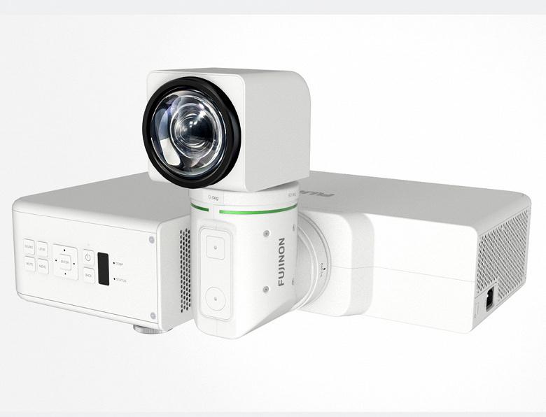 Новый вариант проектора Fujifilm Projector Z5000 подойдет для музеев и галерей