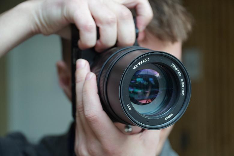 Анонсированы продажи полнокадрового объектива Zenitar 50mm f/0.95