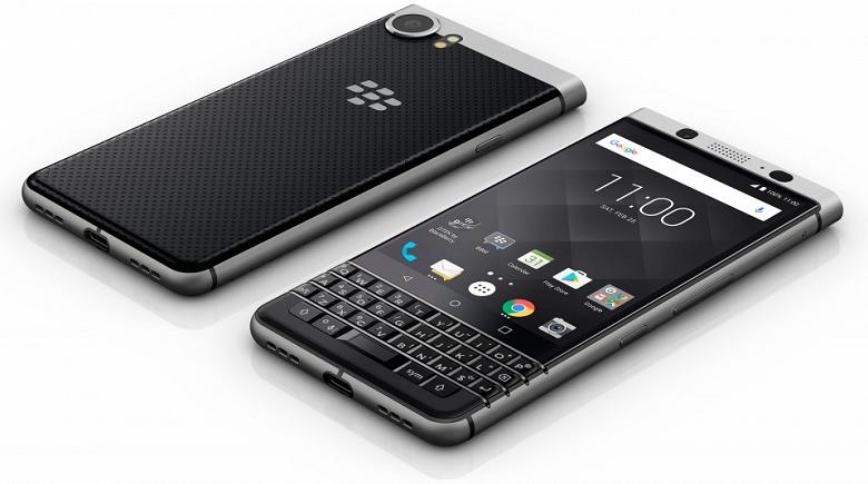 Сгибающиеся смартфоны никому не нужны. Глава BlackBerry против подобного нововведения