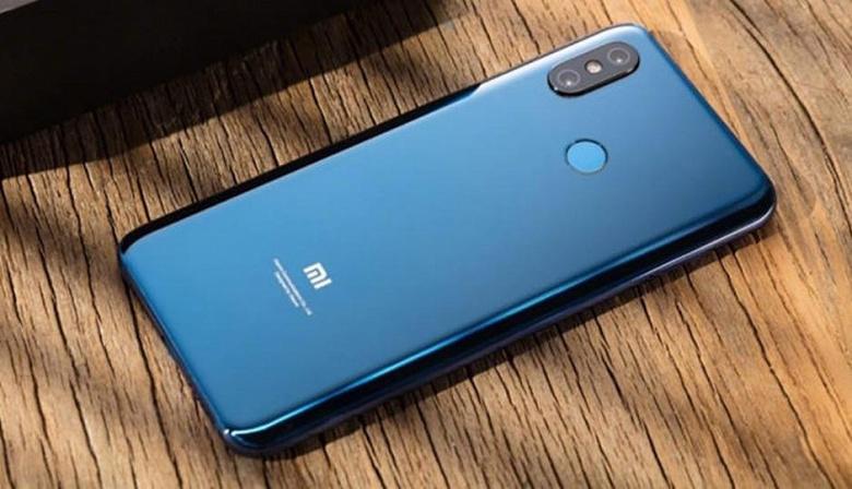 Xiaomi продолжает улучшать прошлогодний бюджетный флагман Xiaomi Pocophone F1