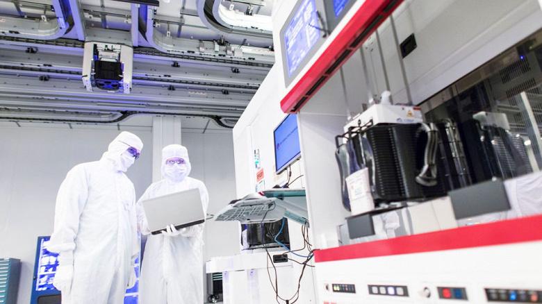 Huawei Kirin 985 может стать первой однокристальной системой, изготовленной с использованием EUV