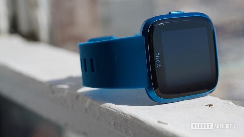 В Fitbit пока не решили — продавать компанию или нет