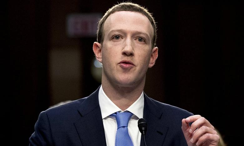 В Facebook знали, что Cambridge Analytica собирает данные пользователей, до того, как разразился скандал
