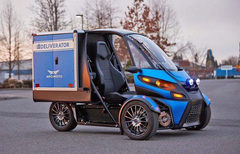 Трехколесный электромобиль Arcimoto Deliverator предназначен для курьерской доставки небольших грузов