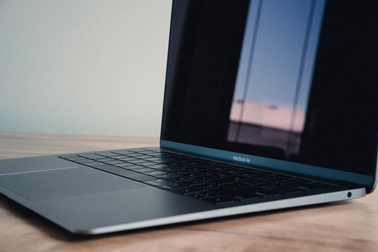 Тим Кук пообещал сделать ноутбук MacBook Air ещё дешевле