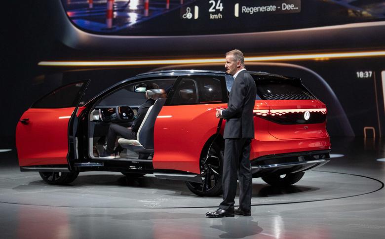 Анонсирован электрический кроссовер Volkswagen I.D. ROOMZZ – Teramont на стеройдах с двумя электромоторами и раздвижными дверьми спереди и сзади