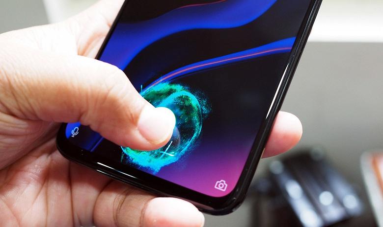 Панели OLED продолжат теснить IPS на рынке смартфонов