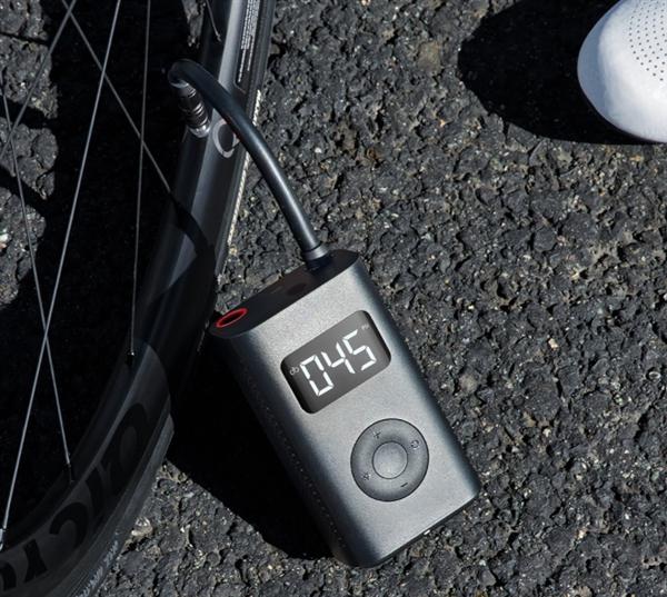Xiaomi представила электронный компрессор для накачки шин автомобилей, велосипедов и футбольныч мячей
