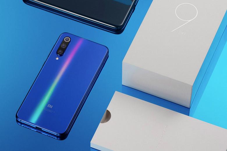 Фотогаларея дня: Xiaomi анонсировала выпуск бюджетного флагмана Mi 9 SE за пределы Китая