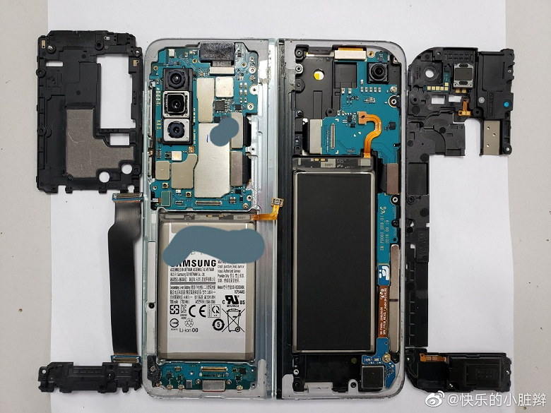 Фотогалерея дня: внутренности смартфона Samsung Galaxy Fold