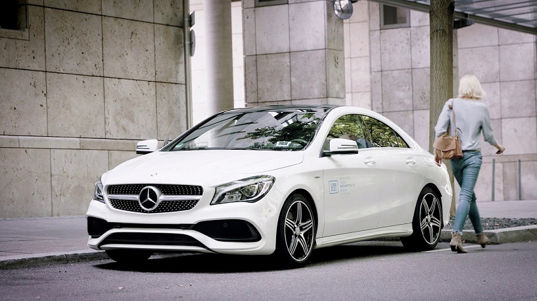 У каршеринговой компании Car2Go в Чикаго украли сотню дорогих автомобилей Mercedes