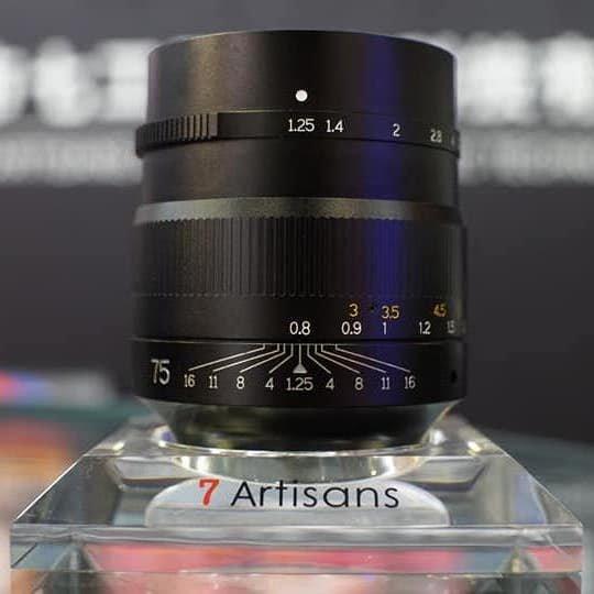 Фотогалерея дня: объектив 7Artisans 75mm f/1.25 с креплением Leica M