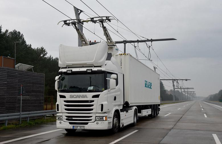 Германия тестирует первый участок eHighway на автобане