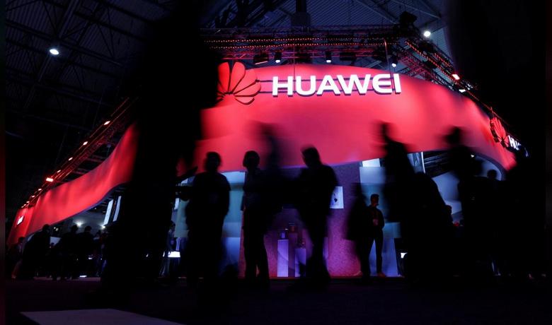 Google приостановила бизнес с Huawei