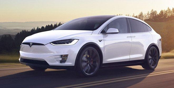 Apple чуть было не купила Tesla