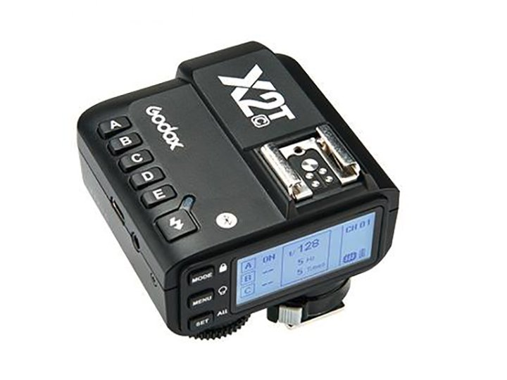 Беспроводной контроллер вспышек Godox X2T является развитием модели X1T