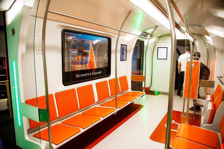 LG оборудует российские поезда окнами-дисплеями с прозрачной матрицей OLED