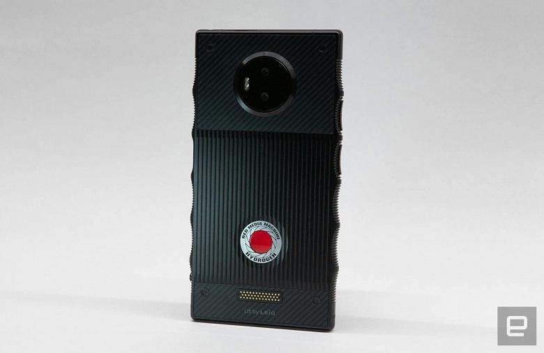 Назван виновный в том, что камера RED Hydrogen One оказалась такой ужасной