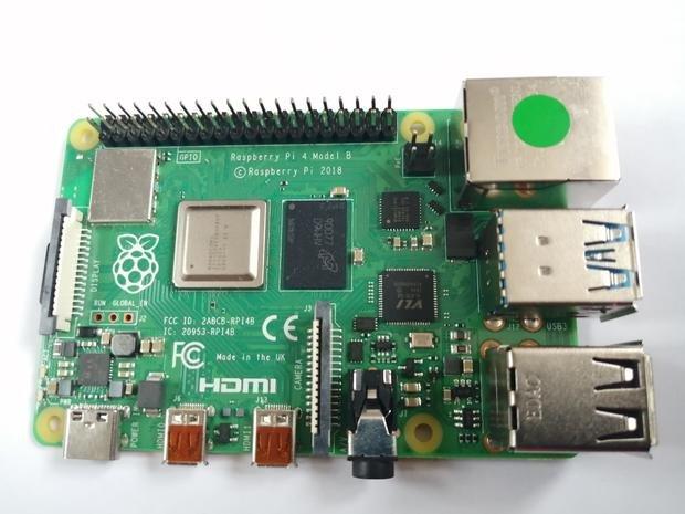 У новейших одноплатных ПК Raspberry Pi 4 обнаружилась проблема с портом USB-C