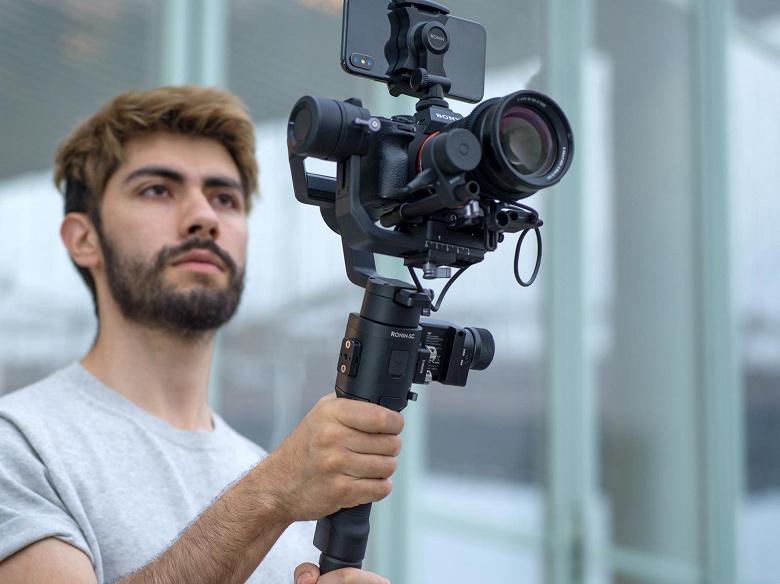 Стабилизатор Ronin-SC предназначен для беззеркальных камер