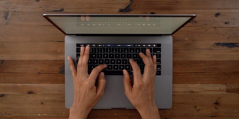 16-дюймовый MacBook Pro первым среди ноутбуков Apple примерит новую клавиатуру