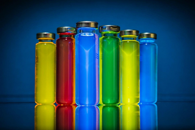 По прогнозу DSCC, рынок материалов OLED в период с 2018 по 2022 год удвоится