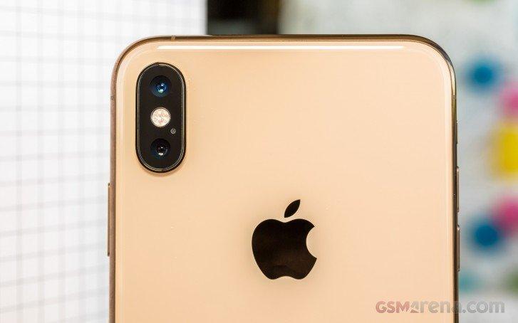 Corephotonics подает третий иск против Apple