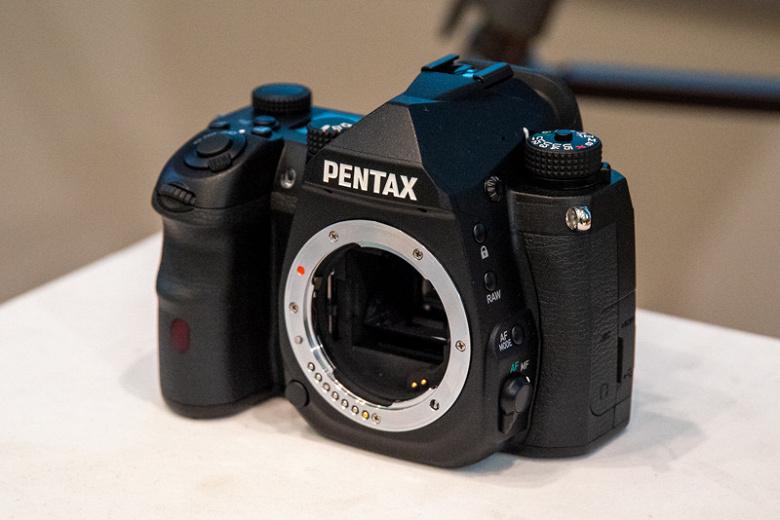 Назван примерный срок выхода флагманской зеркальной камеры Pentax K формата APS-C