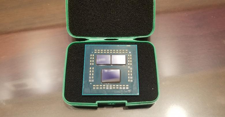 Азот не нужен. Все 16 ядер процессора AMD Ryzen 9 3950X можно разогнать до 4,3 ГГц, используя СЖО