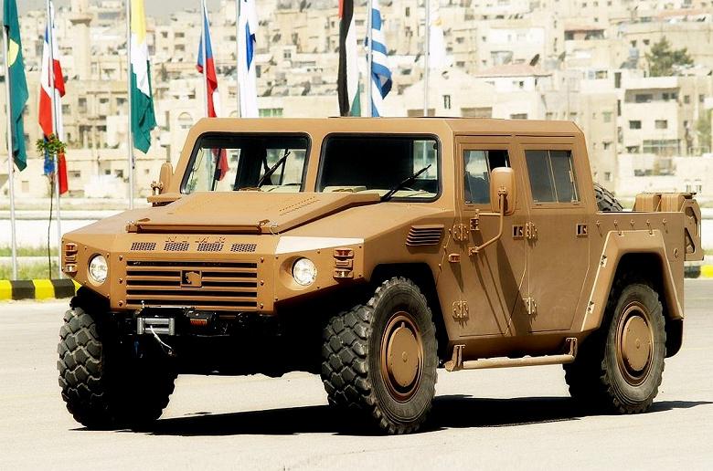 Боевые «электрички». Минобороны хочет использовать в армии военные электромобили