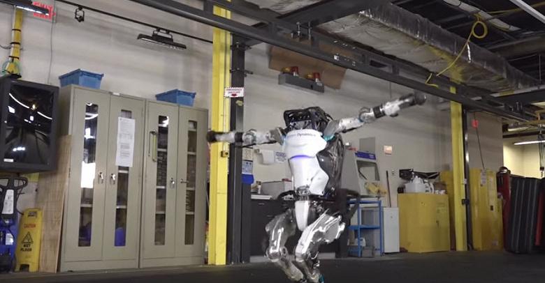 Чем занялся робот Atlas после паркура? Гимнастикой!
