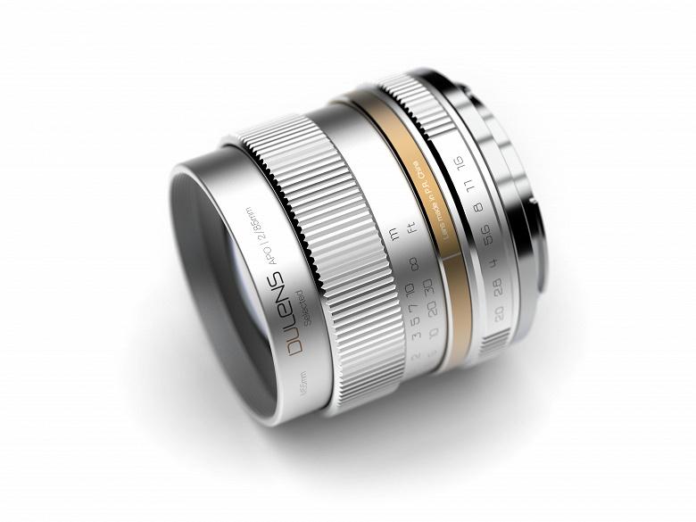 Объектив Dulens APO 85mm F2 выпускается в вариантах с креплениями Canon EF и Nikon F