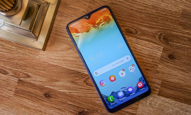 Новый бюджетный смартфон Samsung получит экран AMOLED и быструю зарядку