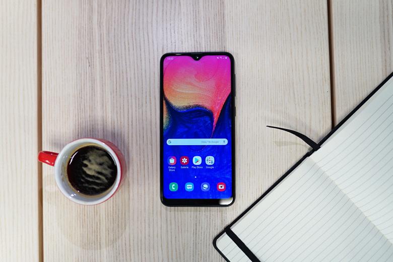 Самый маленький и самый дешёвый. Samsung готовит самый компактный смартфон в линейке Galaxy A
