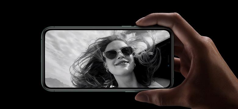 2 ГБ ОЗУ в новых iPhone. Есть версия, что половина доступного объёма оперативной памяти в новинках зарезервирована только для камеры