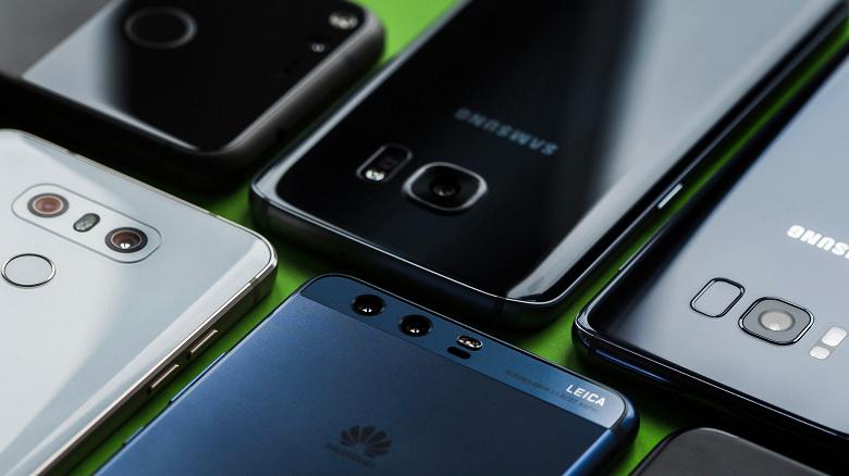 Самый типичный смартфон сегодня имеет 128 ГБ флэш-памяти, Android Pie и большой экран