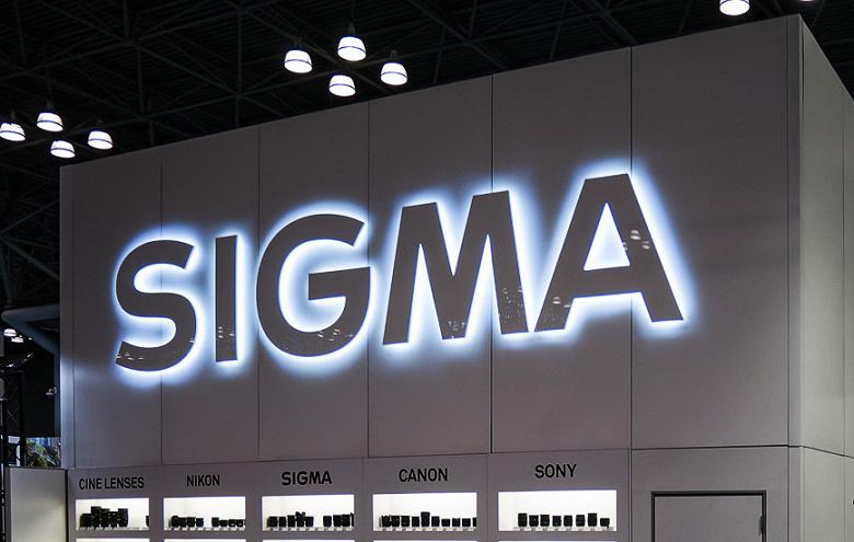 Компании Sigma приписывают намерение выпускать объективы формата APS-C с креплением Fujifilm X