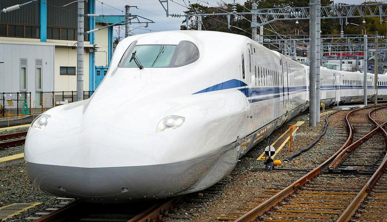 В Японии впервые опробовано подключение 5G между сверхскоростным пассажирским поездом и экспериментальными базовыми станциями
