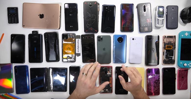 Самый прочный, самый инновационный и самый ремонтопригодный смартфон. Блогер JerryRigEverything подвёл итоги 2019 года