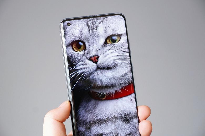 Бестселлеры Xiaomi Mi 10 и Mi 10 Pro активно сманивают пользователей других брендов