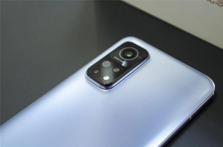 Redmi, это победа. За первую минуту продано более 100 000 смартфонов Redmi K30S Extreme Commemorative Edition