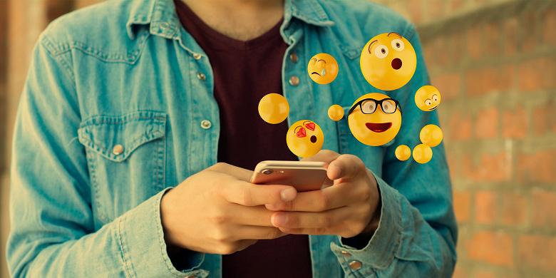 Новшество Android 12, которое порадует многих пользователей. Новые эмодзи смогут внедряться быстрее