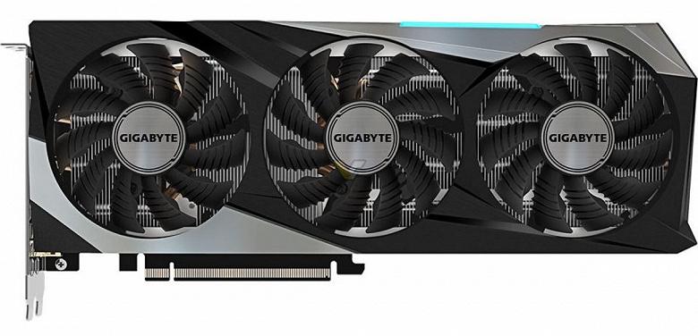 Карту Gigabyte Radeon RX 6800 XT Gaming OC на первый взгляд сложно отличить от Gigabyte GeForce RTX 3070 Gaming OC