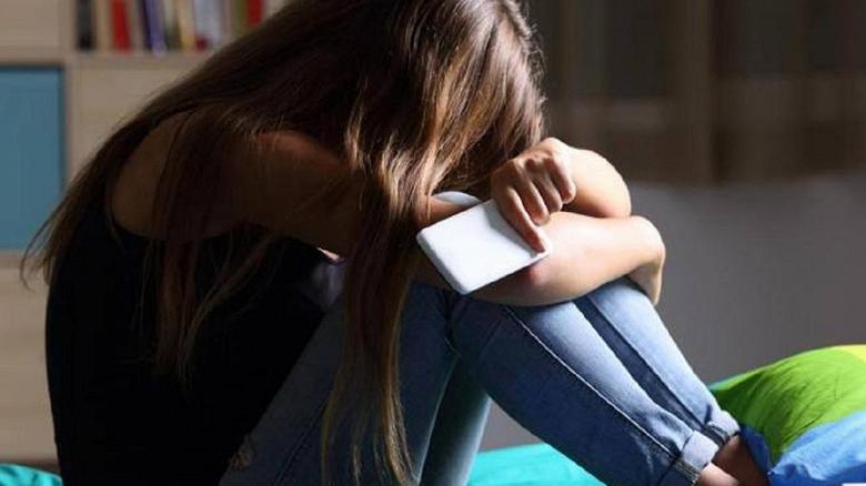 Удивительное в России. Разряженный смартфон доставляет больше стресса, чем ипотека и развод