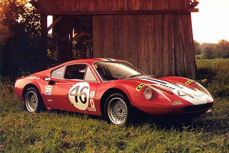 Новым главой Ferrari может стать бывший главный дизайнер Apple ДжониАйв