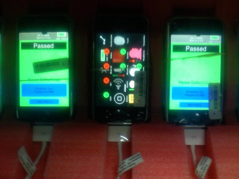 Производство самого первого iPhone в 2007 году, как это было