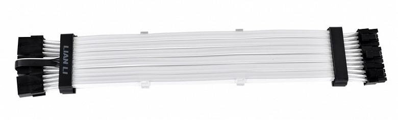 Кабель Lian Li Strimer Plus Triple 8 Pin, украшенный 162 светодиодами, стоит 60 долларов