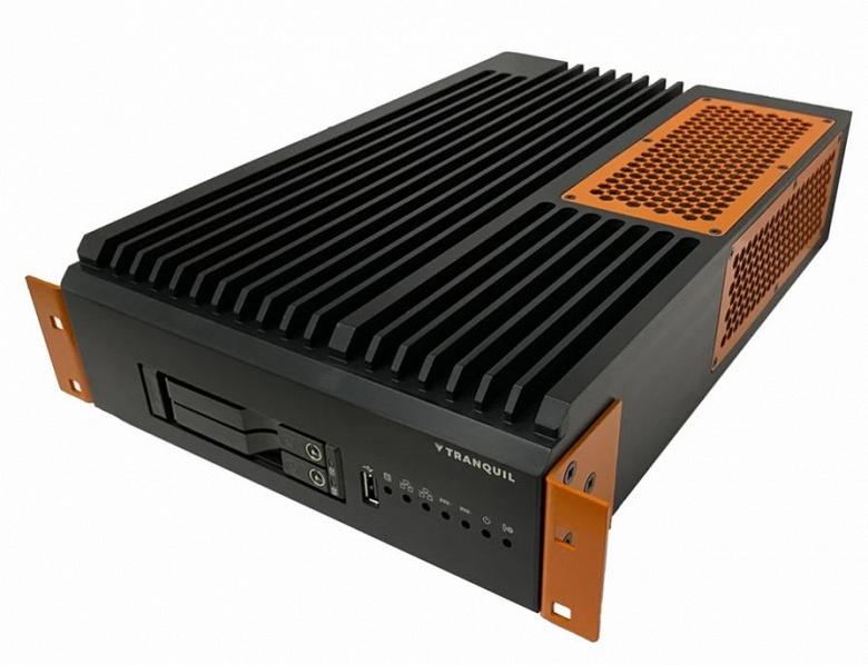 Сервер в усиленном исполнении Tranquil RS-XDS-50 обходится пассивным охлаждением